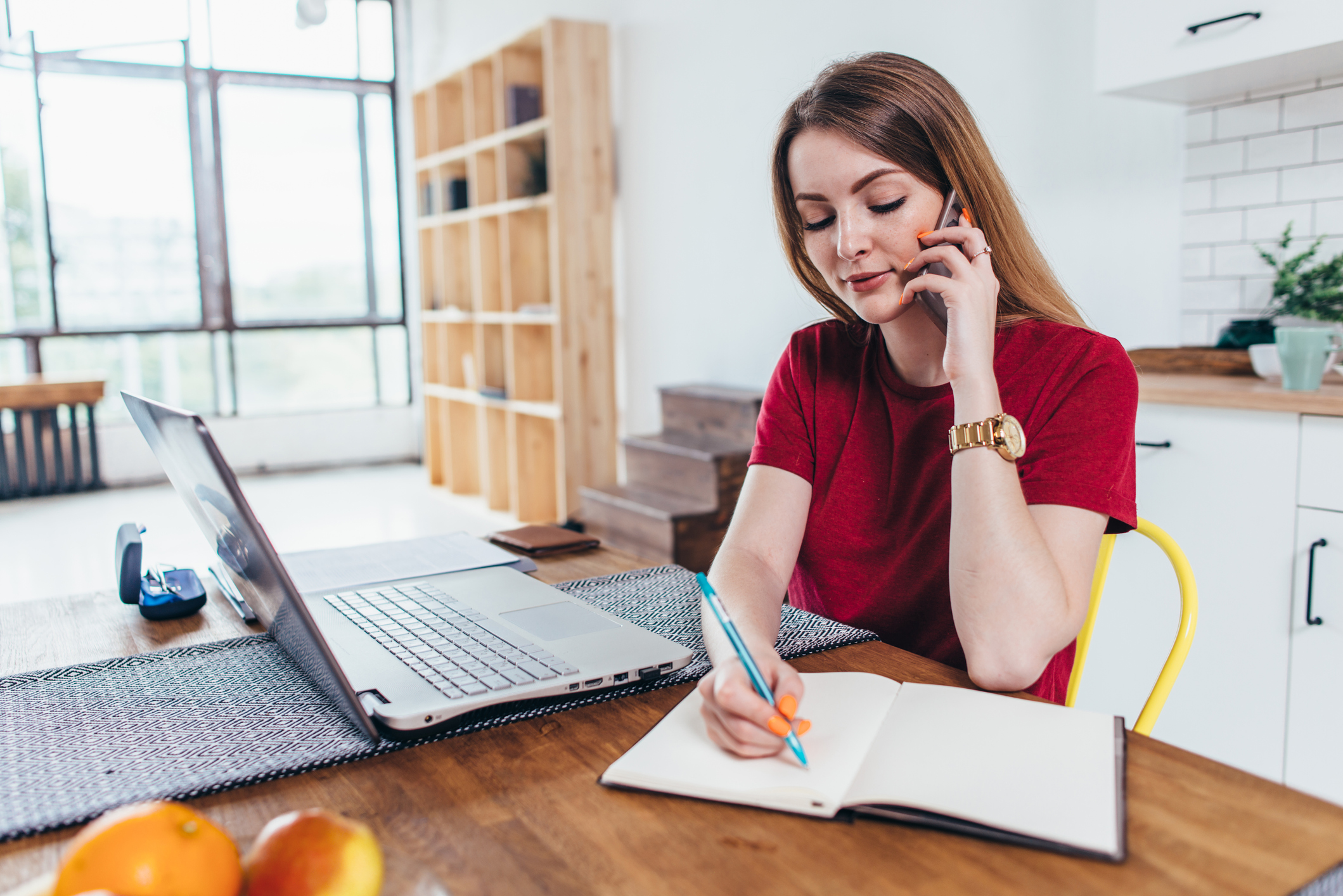Woman successfully transitioning to remote sales